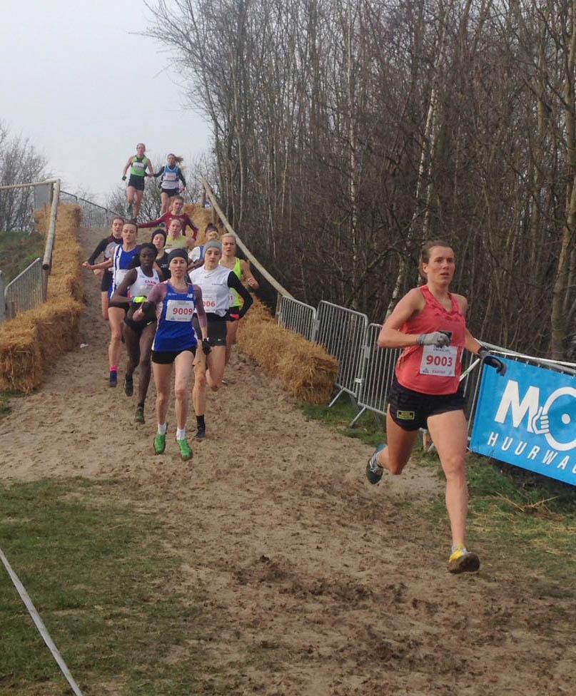 Maya Rehberg beim Crosslauf in Hannut