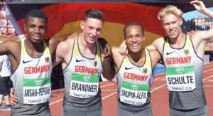 U20-WM-Tampere (v.li.): Lucas Ansah-Peprah, Luis Brandner, Milo Skupin-Alfa und Marvin Schulte jubeln über Bronze über 4x100 Meter