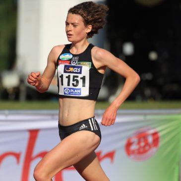 Allein gegen die Uhr: Alina Reh läuft im Training 5000 m in 15:18 min