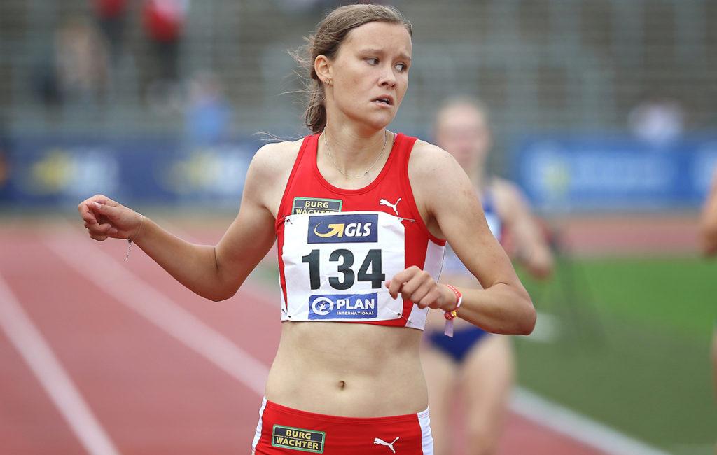 Der erste Blick geht Richtung Uhr: Marie Scheppan setzte sich bei der U20-DM souverän durch