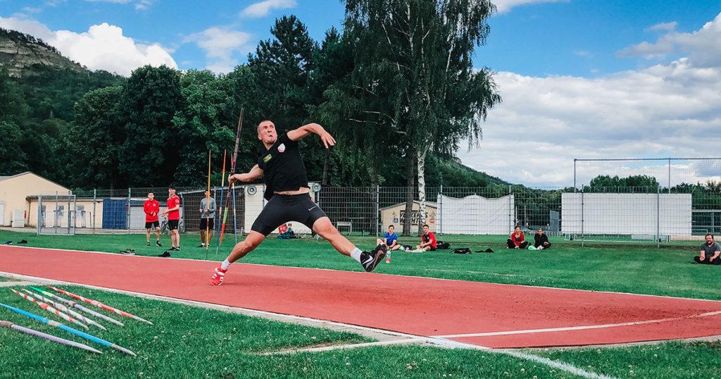 Tom Meier setzte sich in Jena mit 71,84 Metern durch.